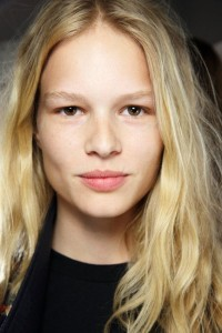 Anna Ewers Body Transformation